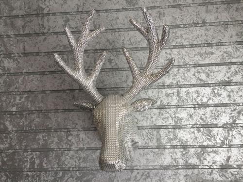 Hirschkopf silber für Wand mit  Aufhänghaken
