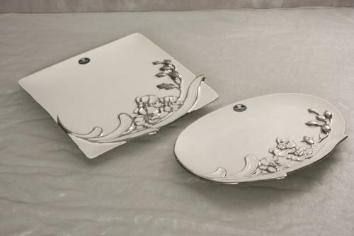 Keramikteller ROSE oval  weiß - silber